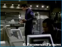 'Shapes' Promo - courtesy TrekNews.de, copyright Paramount Pictures