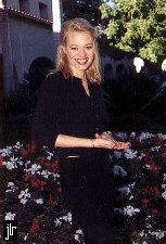 Jeri Lynn Ryan picture - copyright Star Trek Monthly Magazine, Courtesy Official Jeri Lynn Ryan Homepage