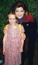 Scarlett Pomers and Kate Mulgrew - courtesy Mania